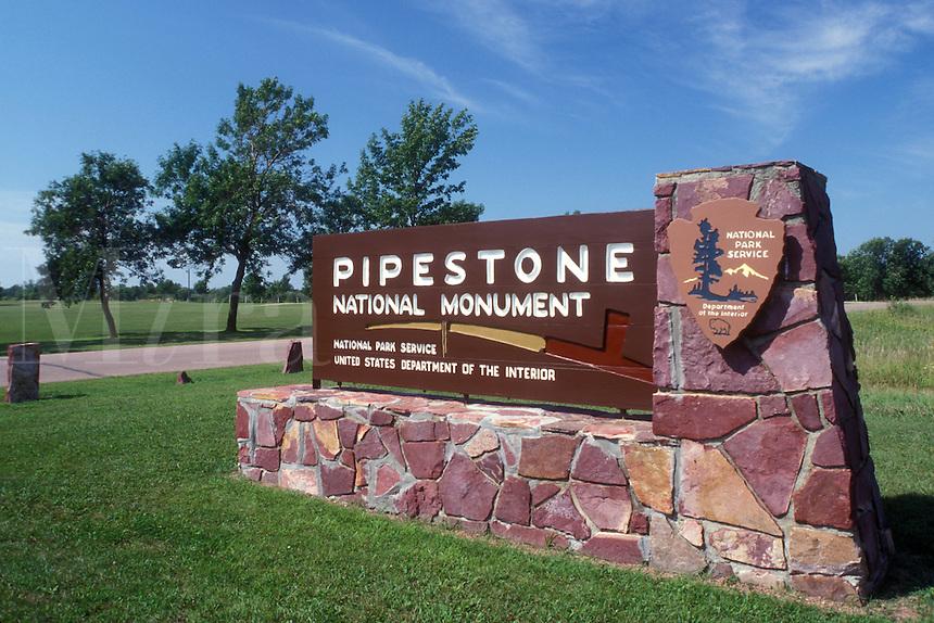 AJ0477, Minnesota, Pipestone, The red stone entrance sign to Pipestone National Monument