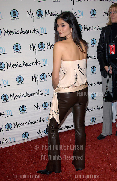 Actress JILL HENNESSEY at the My VH1 Music Awards in Los Angeles..02DEC2001.  © Paul Smith/Featureflash
