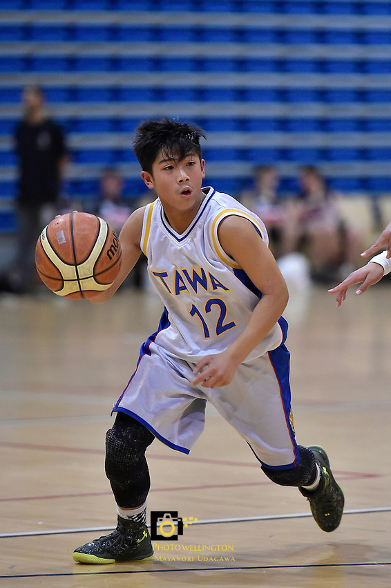 Action from the Basketball Junior Boys Premier Final - Rongotai College v Tawa College at Te Rauparaha Arena, Porirua, New Zealand on Tuesday 25 August 2015.<br /> Photo by Masanori Udagawa. www.photowellington.photoshelter.com.