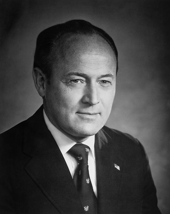 Close-up of Rep. G. William Whitehurst, R-Va. (Photo by CQ Roll Call)