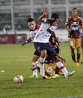 IBAGUÉ -COLOMBIA, 23-01-2006. Christian Marrugo jugador de Deportivo Independiente Medellin en acción durante el partido con Deportes Tolima por la fecha 3 de la Liga Aguila I 2015 jugado en el estadio Manuel Murillo Toro de la ciudad de Ibagué./  Christian Marrugo player of  Deportivo Independiente Medellin in action during the match against Deportes Tolima for the third date of the Aguila League I 2015 played at Manuel Murillo Toro stadium in Ibague city. Photo: VizzorImage/STR