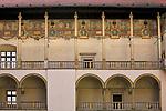 Arkadowy dziedziniec zamku krolewskiego na Wawelu<br /> Wawel Castle courtyard, Cracow, Poland