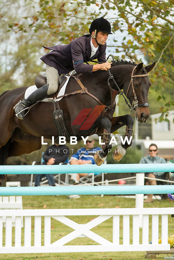 NZL-James Jackson (LEO DISTINCTION) FINAL-2ND: CIC1* SHOWJUMPING: 2014 NZL-BNZ Kihikihi International Horse Trial (Sunday 13 April) CREDIT: Libby Law COPYRIGHT: LIBBY LAW PHOTOGRAPHY - NZL