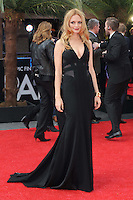 NON EXCLUSIVE PICTURE: PAUL TREADWAY / MATRIXPICTURES.CO.UK.PLEASE CREDIT ALL USES..WORLD RIGHTS..American actress Heather Graham attending the European premiere of The Hangover Part 3, at the Empire Cinema in Leicester Square, London...MAY 22nd 2013..REF: PTY 133458