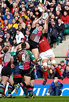 2004/05 Heineken_Cup, NEC,Harlequins vs Munster, RFU Twickenham,ENGLAND:.Quins, Tony Diprose collect's the ball...Photo  Peter Spurrier. .email images@intersport-images.com...