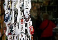 SAN GIOVANNI ROTONDO IL CORPO DI PADRE PIO RESTERA PERMANENTEMENTE ESPOSTO AL PUBBLICO DEI PELLEGRINI.NELLA FOTO GADGET RELIGIOSI PORTACHIAVI A FORMA DI SANDALO CON IMMAGINE PADRE PIO.FOTO CIRO DE LUCA