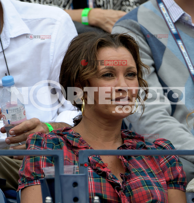 September 3, 2012: Vanessa Williams attends Day 8 of the 2012 U.S. Open Tennis Championships at the USTA Billie Jean King National Tennis Center in Flushing, Queens, New York, USA. &copy;&nbsp;mpi105/MediaPunch Inc. /NortePhoto.com<br />