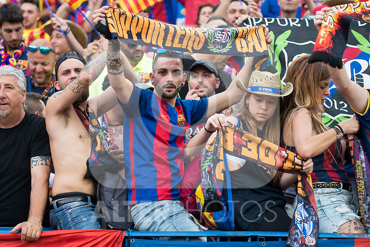 FC Barcelona's supporter during Copa del Rey (King's Cup) Final between Deportivo Alaves and FC Barcelona at Vicente Calderon Stadium in Madrid, May 27, 2017. Spain.<br /> (ALTERPHOTOS/BorjaB.Hojas)