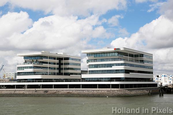 Nederland  Rotterdam - 2017.  Kantoor van Jumbo Shipping aan de oever van de Maas.  Foto Berlinda van Dam / Hollandse Hoogte