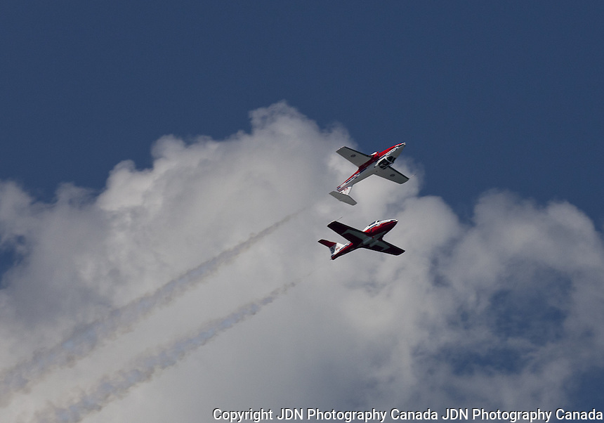 Snowbirds - Canada Day celebrations - Airshow
