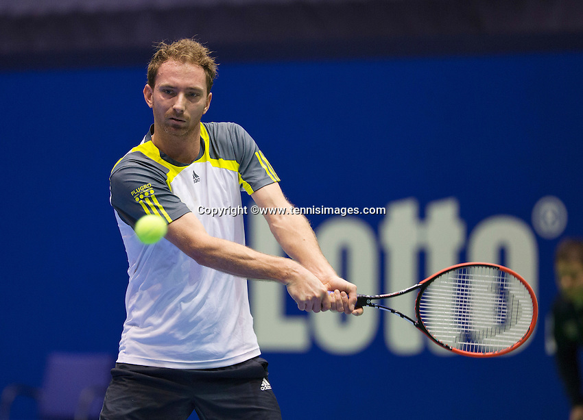 Rotterdam, Netherlands, December 18, 2015,  Topsport Centrum, Lotto NK Tennis, Matwe Middelkoop (NED)<br /> Photo: Tennisimages/Henk Koster
