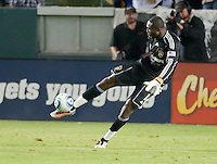 CARSON, CA – NOVEMBER 7:  LA Galaxy goalie Donovan Ricketts (1) during a soccer match at the Home Depot Center, November 7, 2010 in Carson, California. Final score LA Galaxy 2, Seattle Sounders 1.