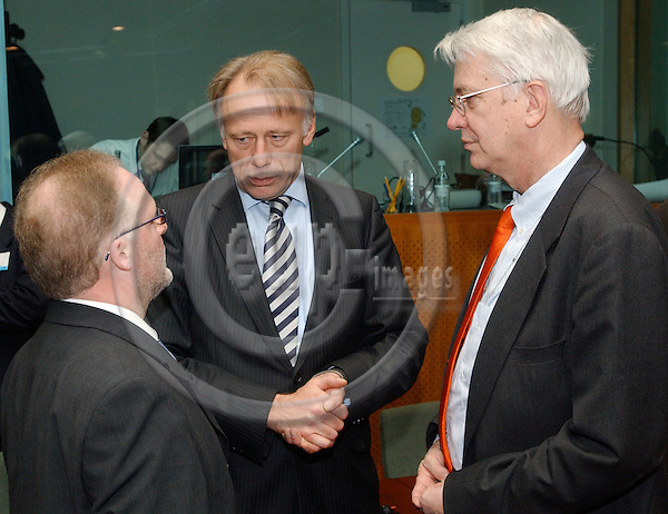 Brussels-Belgium - 10 March 2005---The European Ministers for the Environment meet at the Justus Lipsius, seat of the Council of the EU; here, at the beginning of the meeting: Lucien LUX (le), Minister for the Environment and Transport of Luxemburg and acting President of the Council, with Jürgen (Juergen) TRITTIN (ce), Federal Minister for the Environment, Nature Conservation and Reactor Safety of Germany, and Dr. Peter WITT (ri), Ambassador Deputy Permanent Representative of Germany to the EU---Photo: Horst Wagner/eup-images