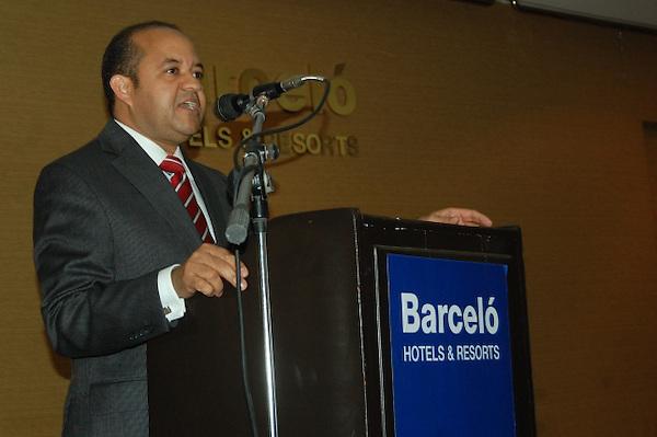 Dr. Félix Hernández, director médico del hospital Ney Arias Lora. FE