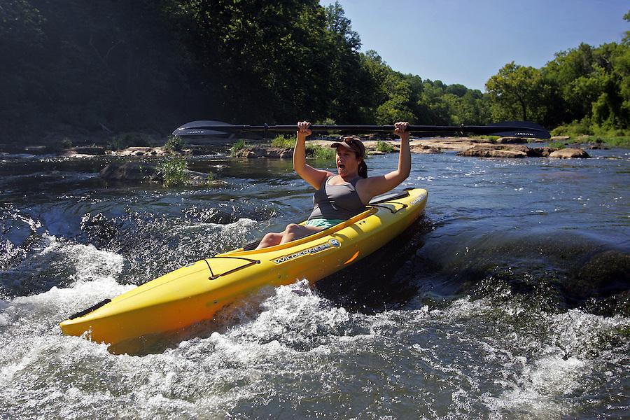 kayak, rivanna river, outdoors, water sports, rocks, rapids, fun, excitement, activity, mai