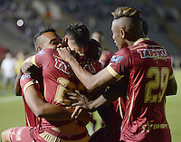 IBAGUÉ -COLOMBIA, 20-11-2016. Jugadores de Deportes Tolima celebran después de anotar un gol a Jaguares FC en partido por la fecha 20 de la Liga Águila II 2016 jugado en el estadio Manuel Murillo Toro de Ibagué. / Players of Deportes Tolima celebrates after scoring oa goal to Jaguares FC in match for the date 20 of the Aguila League II 2016 played at Manuel Murillo Toro stadium in Ibague city. Photo: VizzorImage / Juan Carlos Escobar / Str