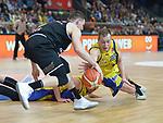 11.04.2018, Arena am Ischeland, Hagen, GER, 2. BBL PRO A, Play-Offs, Phoenix Hagen vs Rasta Vechta, im Bild<br /> <br /> von links: Christopher Razis (Vechta #6), Jonas Grof (Hagen #22)<br /> <br /> <br /> Foto &copy; nordphoto / Treese