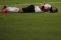 SAO PAULO, SP, 25 DE MAIO 2013 - CAMP BRASILEIRO - Emerson Sheik jogador do Corinthians durante partida contra Botafogo valido para pimeira rodada do Campeonato Brasileiro no Estadio do Pacaembu neste sabado, 25 FOTO VANESSA CARVALHO- BRAZIL PHOTO PRESS