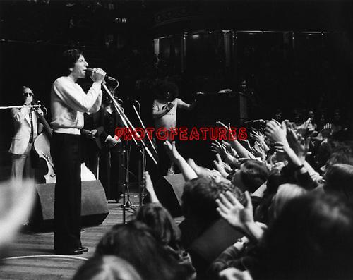 Leonard Cohen 1976 at the Royal Albert Hall<br /> &copy; Chris Walter