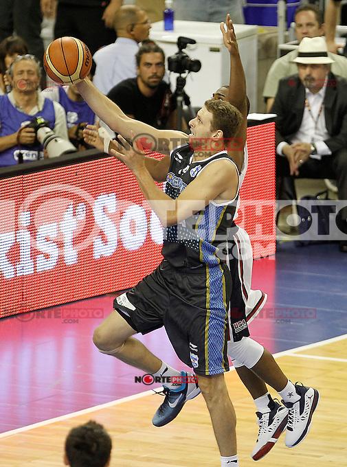 USA's Russell Westbrook (r) and Argentina's Pancho Jasen during friendly match.July 22,2012. (ALTERPHOTOS/Acero) /NortePhoto.com*2012-07-22<br /> **CREDITO*OBLIGATORIO** <br /> *No*Venta*A*Terceros*<br /> *No*Sale*So*third*<br /> *** No Se Permite Hacer Archivo**
