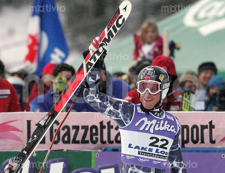 Ski Alpin; Saison 2005/2006 Super G  Herren JUBEL, Sieger Aksel Lund Svindal (NOR)