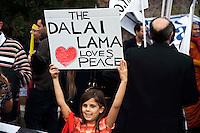 Roma 23 Ottobre 2010.Marcia Internazionale per la Libertà dei popoli Birmano, Iraniano, Tibetano, Uyghuro..Rome October 23,2010.Marcia International Freedom of the people of Burma, Iran, Tibetan, Uyghur