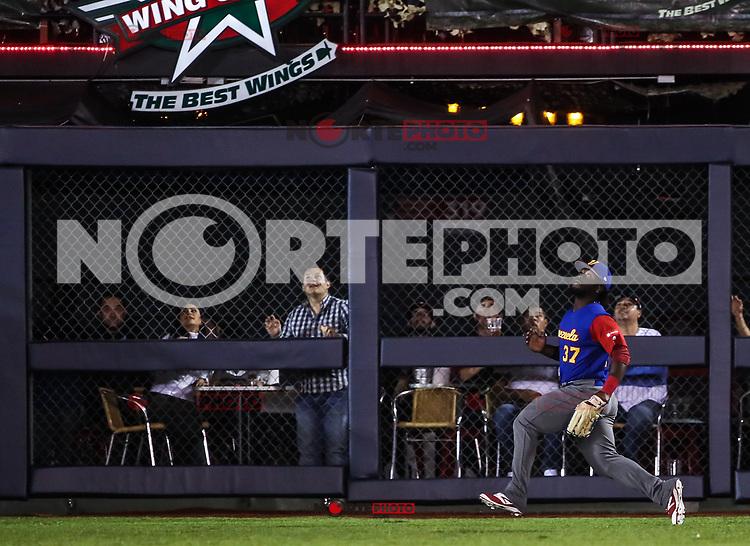 Seth Lugo pitcher inicial de Puerto Rico hace lanzamientos en el primer inning, durante el partido entre Puerto Rico contra Venezuela, World Baseball Classic  en estadio Charros de Jalisco en Zapopan, Mexico.  March 10, 2017. (AP Photo/Luis Gutierrez)