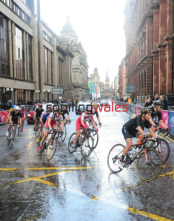 Wales' Amy Roberts prepares to take the corner from George Street into Montrose Street, Glasgow<br /> <br /> Photographer Chris Vaughan/Sportingwales<br /> <br /> 20th Commonwealth Games - Day 11 - Sunday 3rd August 2014 - Cycling - Road Race - Glasgow - UK