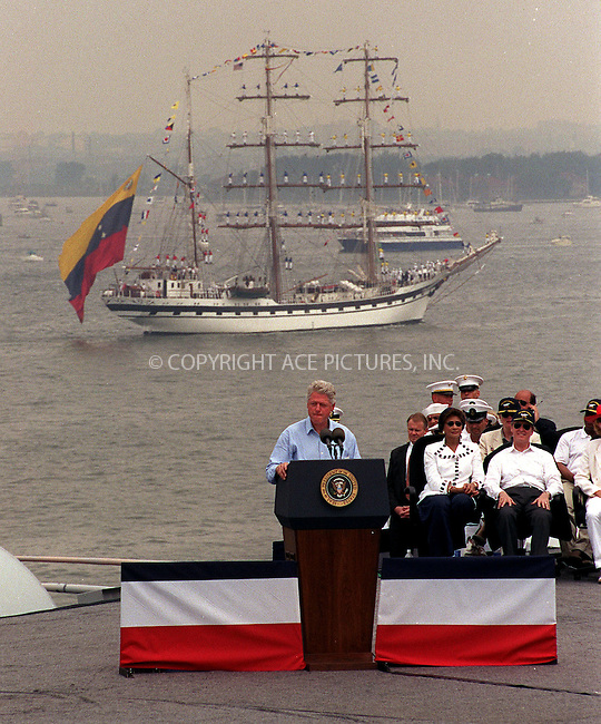 PRESIDENT BILL CLINTON ONBOARD THE USS JOHN F. KENNEDY IN NEW YORK HARBOUR TO CELEBRATE THE 4TH OF JULY. New York, July 4, 2000...Please byline: AJ SOKLANER/NY Photo Press.   ..*PAY-PER-USE*      ....NY Photo Press:  ..phone (646) 267-6913;   ..e-mail: info@nyphotopress.com