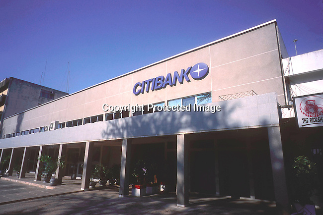 COTANZA35088.Country. Tanzania. Facade of  Citibank building.10/98.©Per-Anders Pettersson/iAfrika Photos