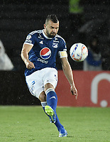 BOGOTA - COLOMBIA, 04-08-2018: Andres Cadavid Cardona jugador de Millonarios en acción durante el encuentro entre Millonarios y Deportivo Independiente Medellin por la fecha 3 de la Liga Águila II 2018 jugado en el estadio Nemesio Camacho El Campin de la ciudad de Bogotá. / Andres Cadavid Cardona player of Millonarios in action during the match between Millonarios and Deportivo Independiente Medellin for the date 3 of the Liga Aguila II 2018 played at the Nemesio Camacho El Campin Stadium in Bogota city. Photo: VizzorImage / Gabriel Aponte / Staff.