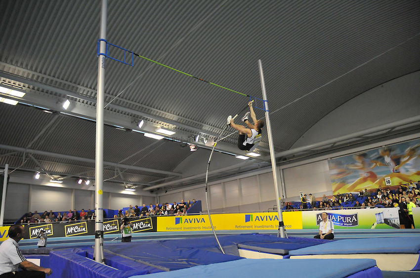 Photo: Tony Oudot/Richard Lane Photography. Aviva World Trials & UK Championships. 14/02/2010. .Mens Pole Vault, .Robert Warensjo.