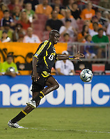 Columbus Crew defender Ezra Hendrickson (23). The Houston Dynamo tied the Columbus Crew 1-1 in a regular season MLS match at Robertson Stadium in Houston, TX on August 25, 2007.
