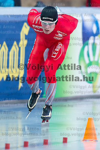 Norway's Sverre Lunde Pedersen competes in the Men's 10000m race of the Speed Skating All-round European Championships in Budapest, Hungary on January 8, 2012. ATTILA VOLGYI