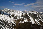 AK: Alaska Denali National Park, Fly In Aerials near Mt. McKinley .Photo Copyright: Lee Foster, lee@fostertravel.com, www.fostertravel.com, (510) 549-2202.Image: akdena210