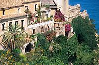 Europe/Italie/Calabre/Pizzo : Maisons du front de mer