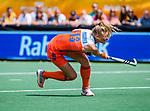Den Bosch  -  Caia Van Maasakker (Ned) neemt strafcorner,    tijdens  de Pro League hockeywedstrijd dames, Nederland-Belgie (2-0).    COPYRIGHT KOEN SUYK