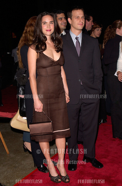 Actress JENNIFER CONNELLY & actor boyfriend JOSH CHARLES at the Los Angeles premiere, in Hollywood, of her new movie Requiem For A Dream..16OCT2000.  © Paul Smith / Featureflash