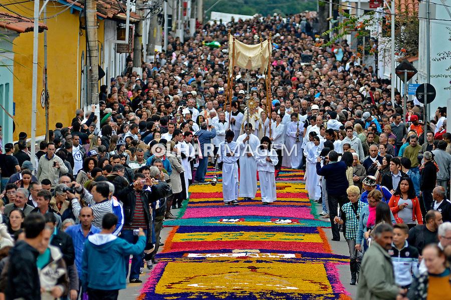 Festa de Corpus Christi, semana santa em Santana de Parnaiba. Sao Paulo. 2013. Foto de Levi Bianco.