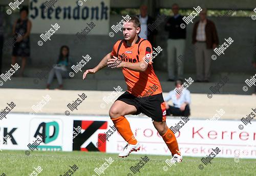 2010-09-05 / Seizoen 2010-2011 / Voetbal / Willebroek-Meerhof / Kjell Van der Haeghen..Foto: mpics