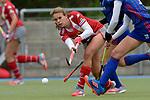 GER - Mannheim, Germany, April 22: During the German Hockey Bundesliga women match between Mannheimer HC (blue) and Club an der Alster (red) on April 22, 2017 at Am Neckarkanal in Mannheim, Germany. Final score 1-1 (HT 1-0).  Anne Schroeder #19 of Club an der Alster<br /> <br /> Foto &copy; PIX-Sportfotos *** Foto ist honorarpflichtig! *** Auf Anfrage in hoeherer Qualitaet/Aufloesung. Belegexemplar erbeten. Veroeffentlichung ausschliesslich fuer journalistisch-publizistische Zwecke. For editorial use only.