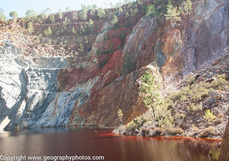 Quarry lake Peña del Hierro Mine, Minas de Riotinto, Rio Tinto mining area, Huelva province, Spain