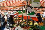 Torino si prepara ai festeggiamenti per i 150 anni dell'unità d'Italia. Il mercato di Piazza Foroni.