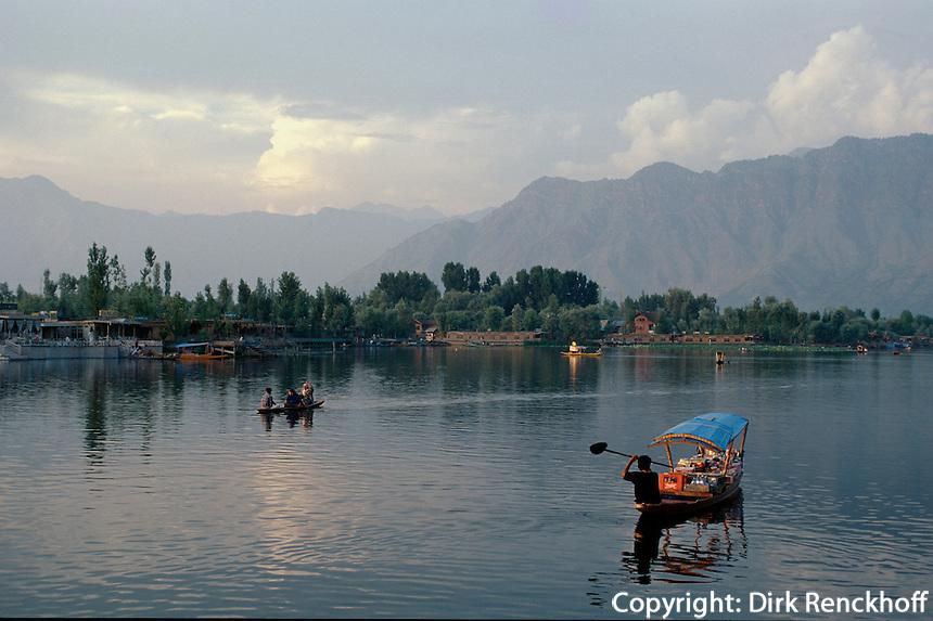 Auf dem Dal-See, Srinagar (Kashmir), Indien
