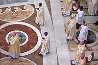 Pope Francis celebrate a Mass in St. Peter's Basilica, at the Vatican, to mark Epiphany, on January 6, 2015.