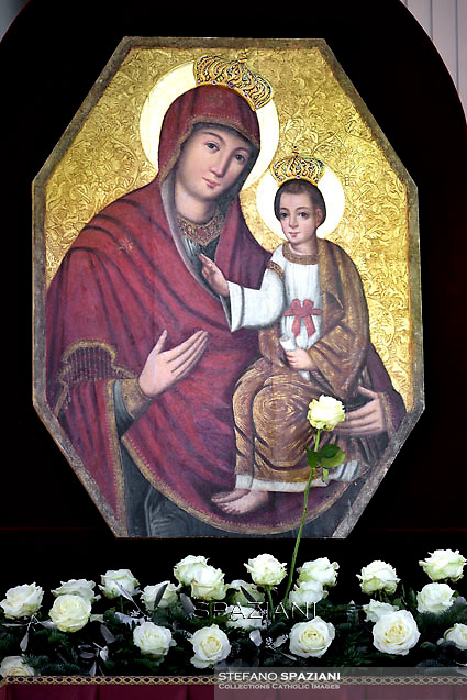 """The ancient icon of Our Lady of the Gate of Mercy from the greek-catholic sanctuary of the Transfiguration of the Lord in Jaroslaw, in south-eastern Poland,<br /> The effigy of Jaroslaw, painted in 1640, was venerated by Catholics of the Byzantine rite. In 1779 he was recognized as """"miraculous"""" by Pope Pius VI.<br /> Pope Francis  during his weekly general audience in St. Peter square at the Vatican, Wednesday.December 9, 2015."""
