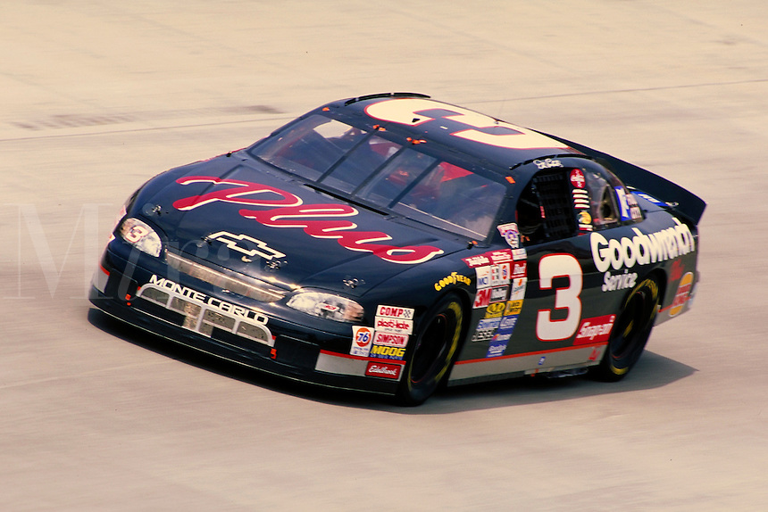 DALE EARNHART DOVER DOWNS SPEEDWAY. DALE EARNHART. DOVER DELAWARE USA.