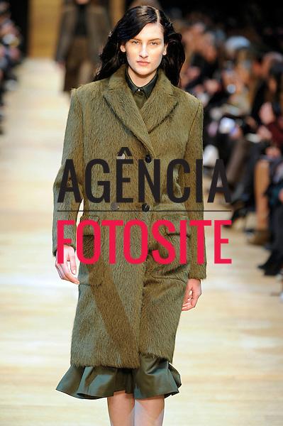 Paris, Franca &ndash; 02/2014 - Desfile de Guy Laroche durante a Semana de moda de Paris - Inverno 2014. <br /> Foto: FOTOSITE