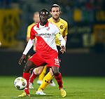 Nederland, Kerkrade, 21 september 2012.Eredivisie.Seizoen 2012-2013.Roda JC-FC Utrecht.Nana Asare (l.) van FC Utrecht in actie met bal. Rechts Davy De Beule van Roda JC.