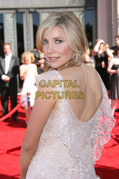 SARAH CHALKE.Red Carpet Arrivals - 58th Annual Primetime Emmy Awards held at the Shrine Auditorium,  Los Angeles, California, USA, 27 August 2006..emmys half length looking back over shoulder behind white cream lace dress.Ref: ADM/ZL.www.capitalpictures.com.sales@capitalpictures.com.©Zach Lipp/AdMedia/Capital Pictures.